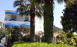 The 'A Pazziella hotel by the Piazzetta of Capri is acquired.