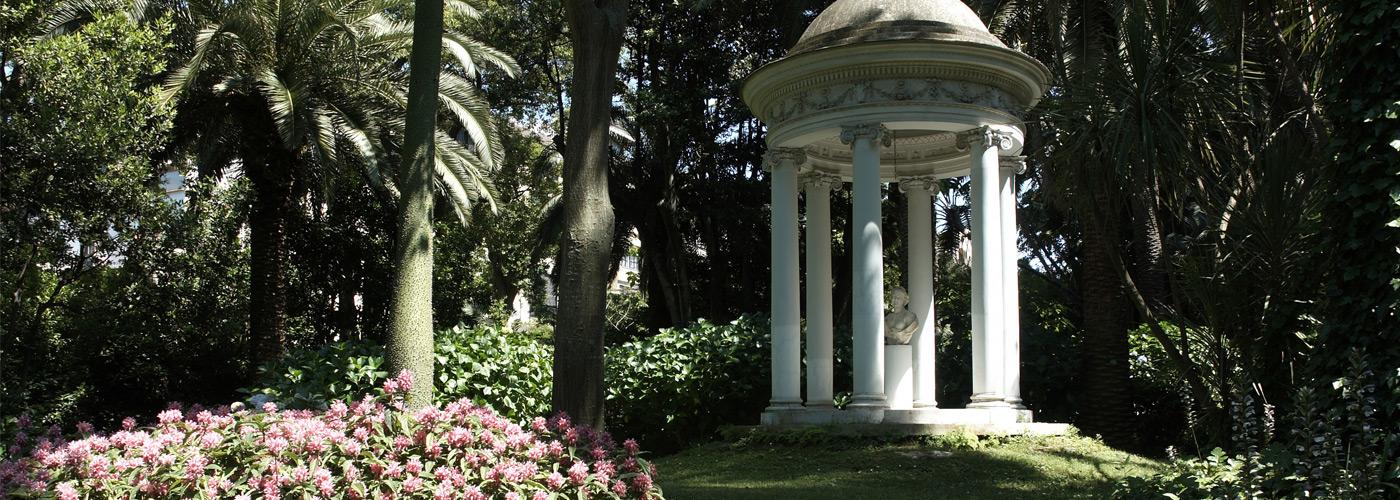 Il parco botanico in cui è immersa la location per matrimoni a Sorrento.