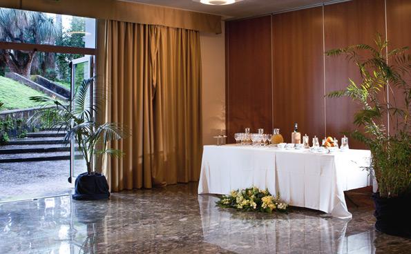 Disponibile un servizio ristorazione per le pause durante i meeting.
