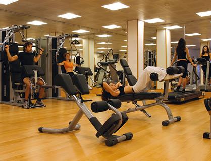 Il centro fitness dell'hotel sul mare a Sorrento.