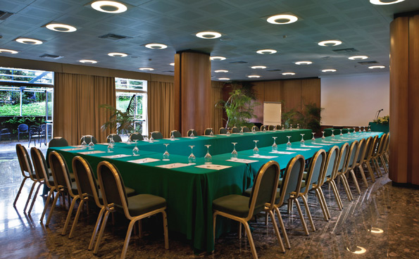 Sala Leonardo of the meeting centre in Sorrento accommodates up to 250 people.
