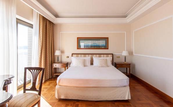 La Royal Suite è la più ampia tra le camere panoramiche dell'hotel.